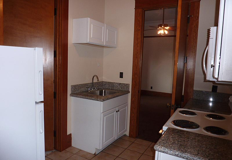 Griffith Hall Apt 1 Kitchen